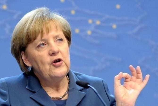 ВДень немецкого единства PEGIDA назвала Меркель «изменницей родины»