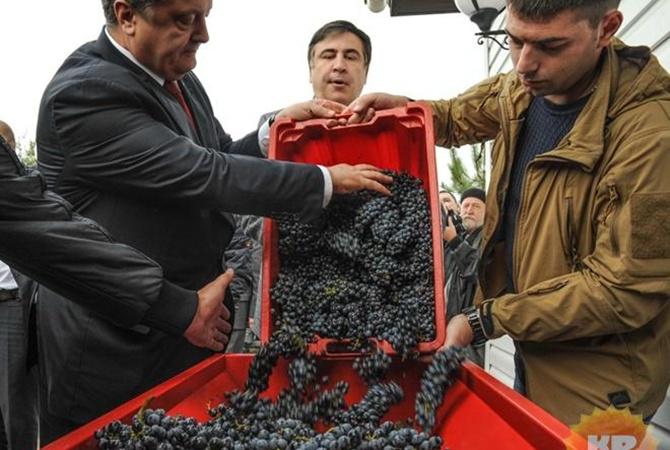 СМИ узнали оготовящейся отставке Саакашвили