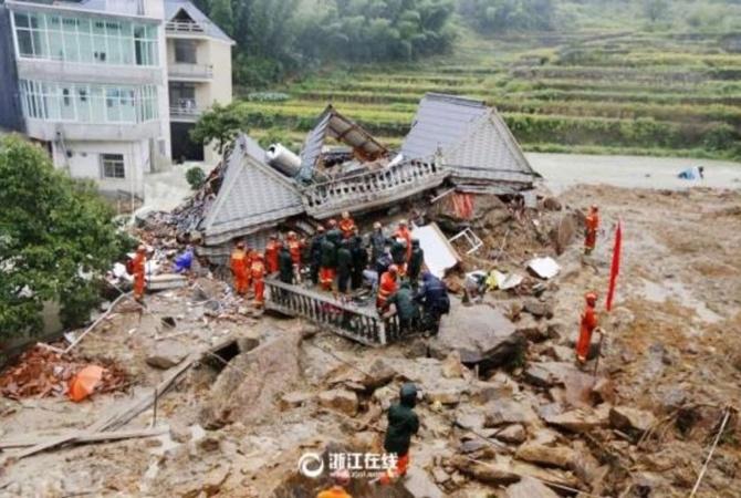 17 человек стали жертвами оползня вКитайской республике