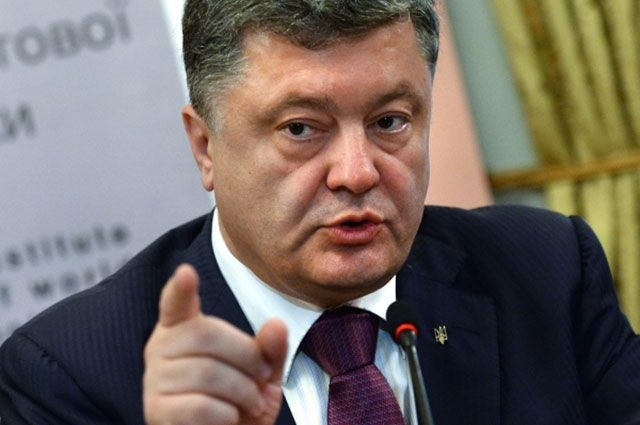 Глава Генштаба Украины захотел принять вВСУ студентов с«неудобными» вопросами Порошенко