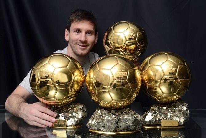 ФИФА будет вручать свою награду лучшему футболисту мира