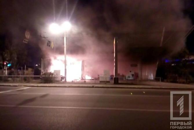 Пожар ивзрыв произошли наодесской АЗС врезультате происшествия надороге
