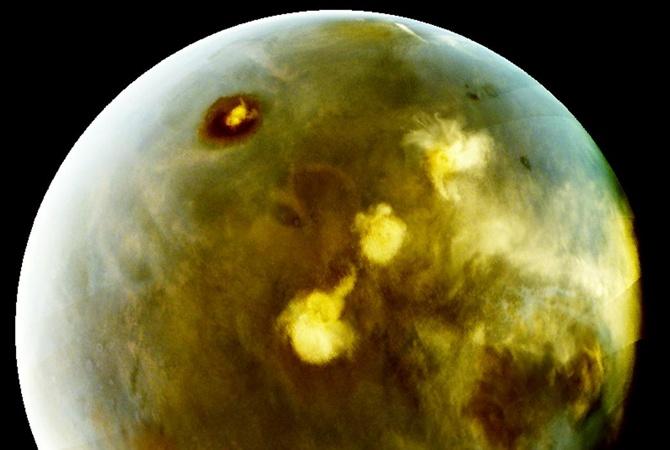 NASA обнародовала фотографии Марса вультрафиолетовом спектре