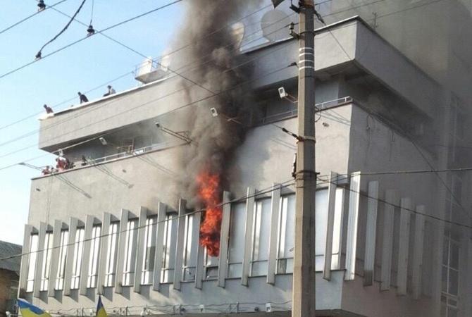 Поджог здания «Интера» будут расследовать, как теракт