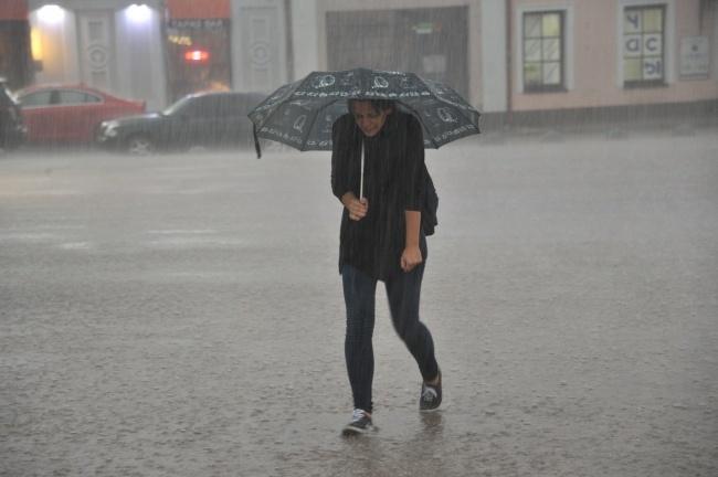 ВУкраинском государстве объявлено штормовое предупреждение