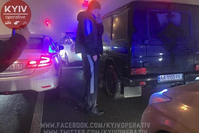 ВКиеве нетрезвый депутат-«лихач» устроил ДПТ стремя авто ипогоней