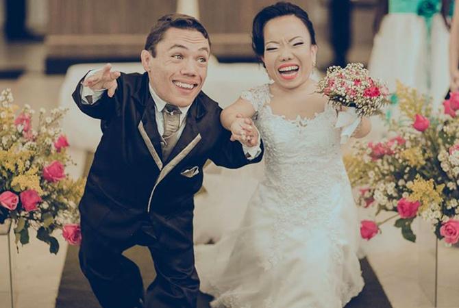 В Великобритании поженилась самая маленькая пара вмире