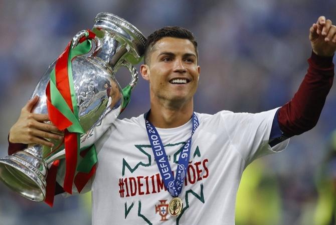 Размещена речь Роналду враздевалке сборной Португалии после победы наЕвро
