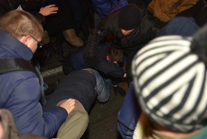 Впроцессе погромов вКиеве пострадали три человека— милиция