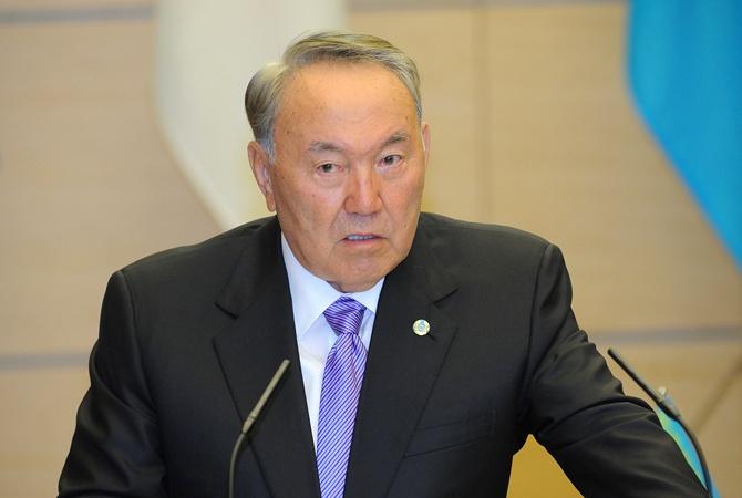 Назарбаев отказался передавать власть по наследию