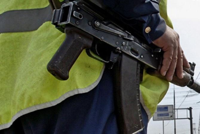 ВХарькове неизвестные напали наавтомобиль военной фельдъегерской службы