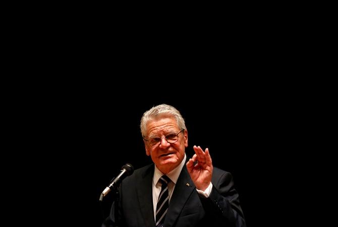 Президент ФРГ Йоахим Гаук призвал остановить евроинтеграцию