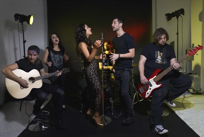 Злата Огневич, музыканты «Скрябина» иЖеня Толочный представили новейшую версию песни Кузьмы