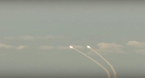 Украина начала ракетные стрельбы награнице сКрымом