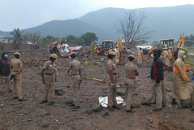 ВИндии произошел взрыв назаводе, погибли 18 человек