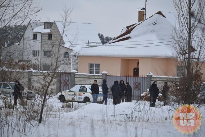 Под Киевом полицейские впроцессе облавы на злоумышленников перестреляли друг дружку