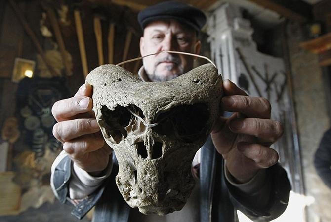 ВАдыгее обнаружили сундук счерепами неизвестных существ