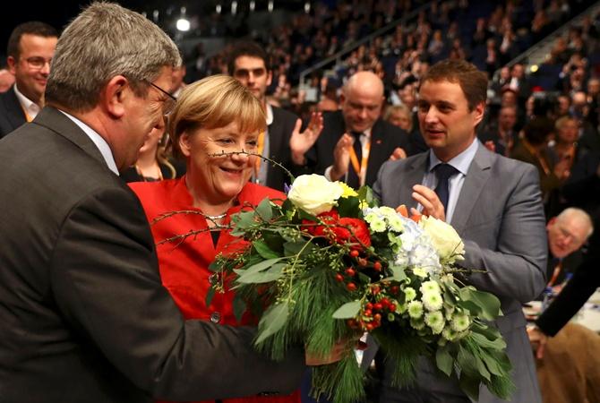 Ангела Меркель предложила запретить вГермании паранджу