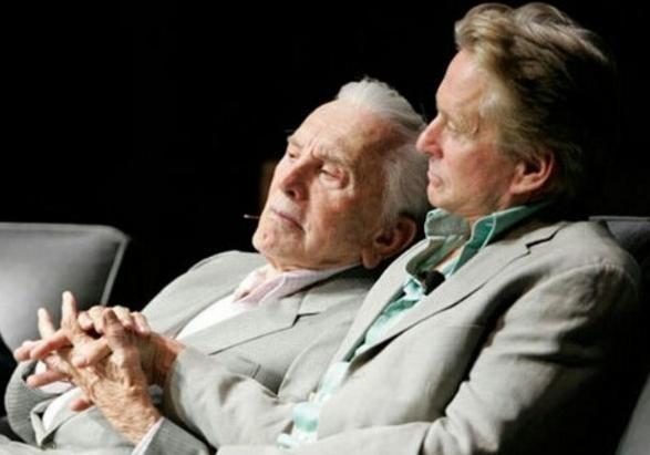 Старейший артист вмире Кирк Дуглас отпраздновал 100-летний юбилей