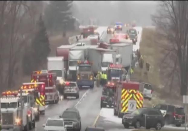 ВОгайо столкнулись около 50 авто, пострадали 19 человек