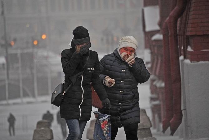ВКиеве из-за гололедицы пострадали неменее 160 человек