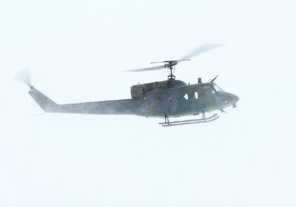 Вертолёт ВВС США совершил посадку на ученический стадион