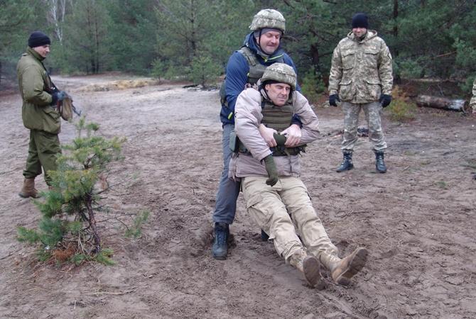 Штаб: завчерашний день взоне АТО было ранено троих украинских военных