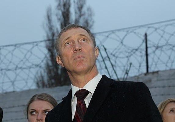 Экс-мэр Херсона Сальдо, которого арестовывали вДоминикане, прилетел вУкраину