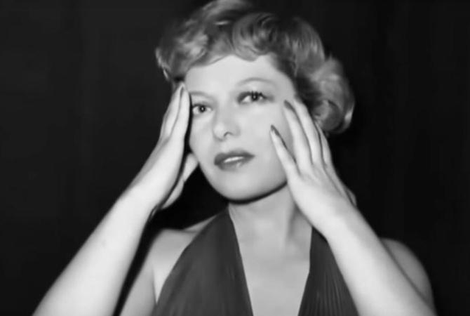 Скончалась французская эстрадная певица Лео Маржан