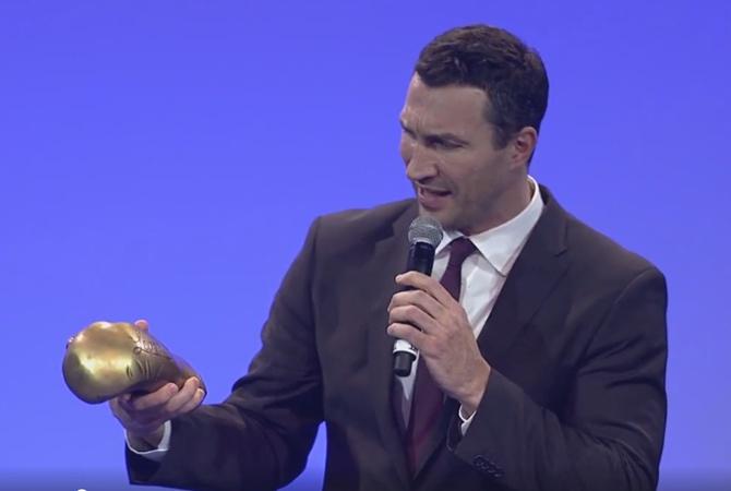 Владимир Кличко получил награду отAIBA