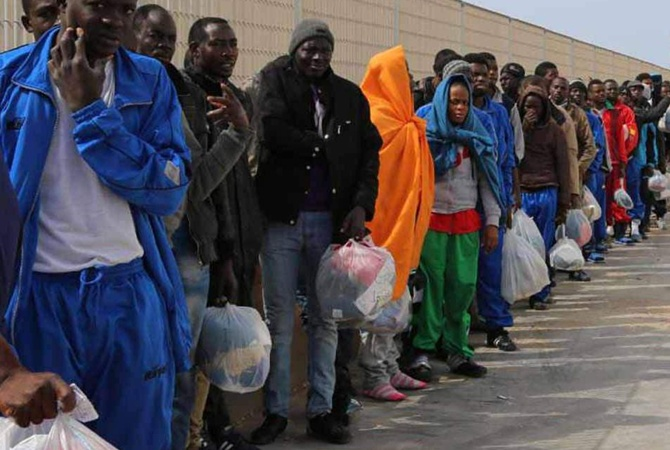 ВСредиземном море обнаружили тела 7-ми беженцев
