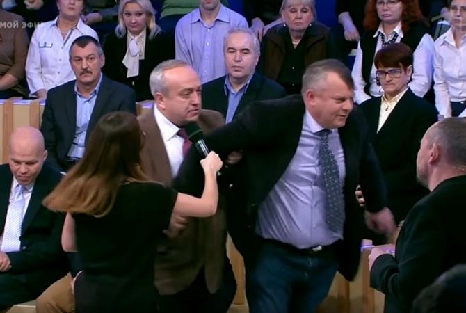 НаросТВ украинца выгнали заотказ почтить память жертв крушения Ту-154