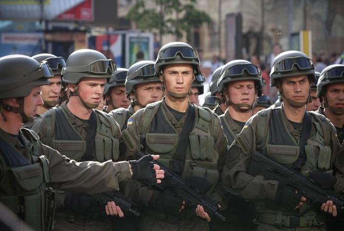 Украина перейдет наконтрактную армию к 2020г