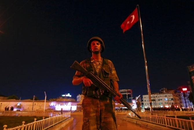 Два жандарма вТурции получили пожизненное заключение запопытку мятежа