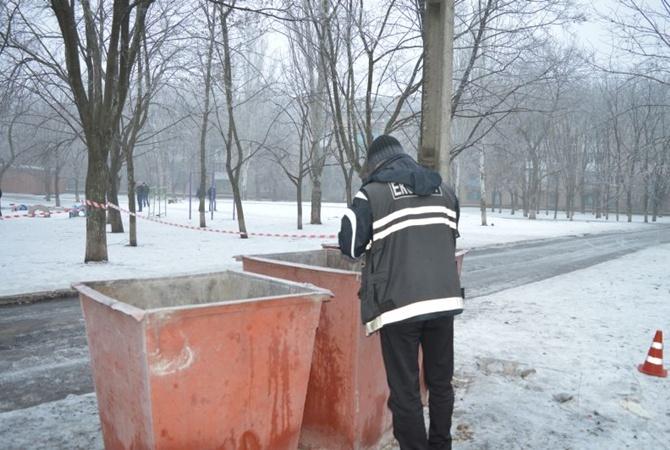 ВКраматорске дворник нашла жуткую находку вкуче мусора