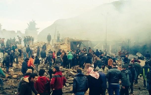 Теракт всирийском городе Азаз вблизи Турции забрал жизни 14 человек