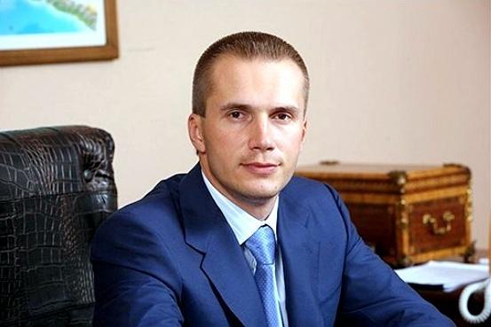 Янукович-младший инвестирует встроительство вЧерногории, его партнером будет модель Playboy