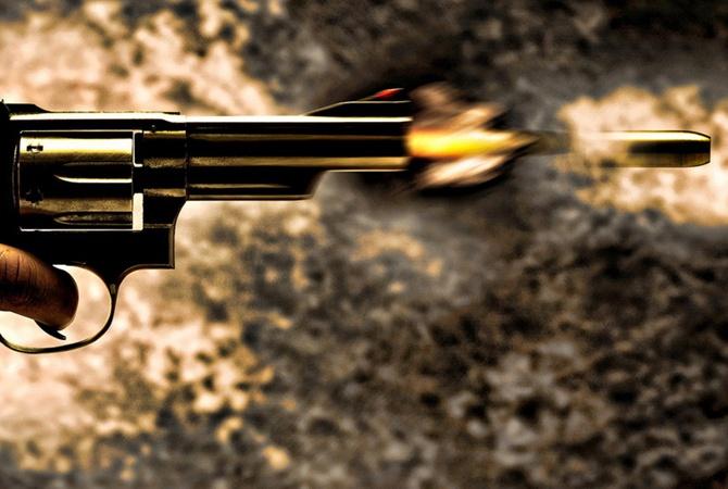 Мужчина выстрелил себе вголову вресторане