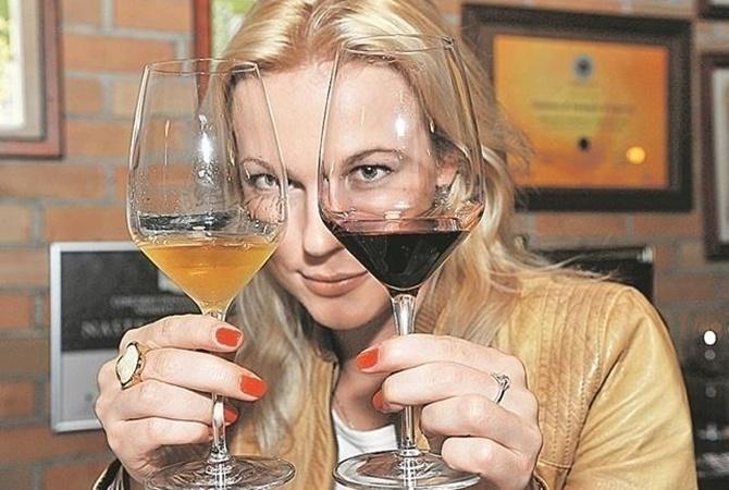 Ученые рекомендуют пить вино перед сном