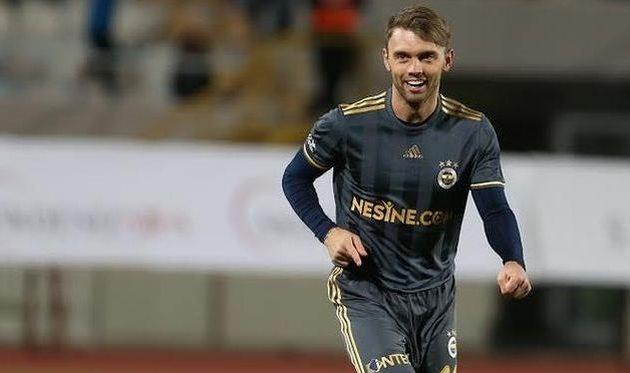 Караваев забил дебютный мяч за«Фенербахче» вофициальных матчах
