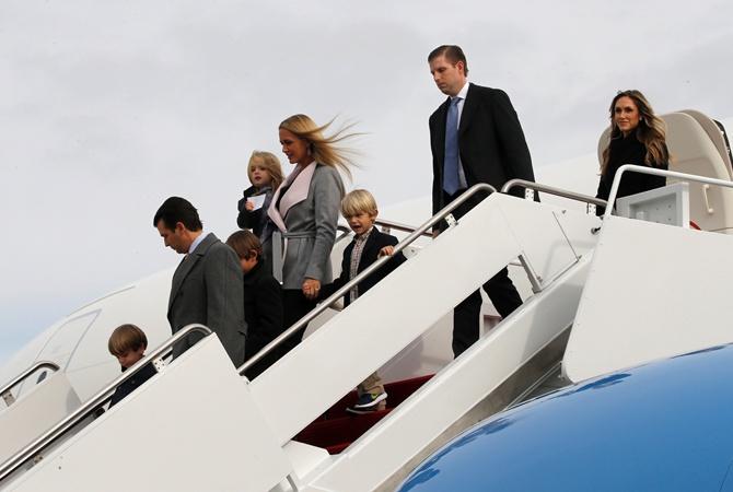 Избранный президент США Дональд Трамп прилетел наинаугурацию вВашингтон