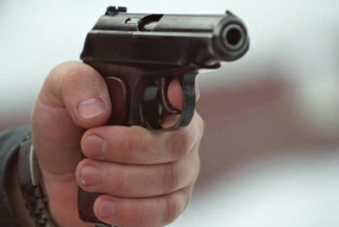 НаКрещение двое мужчин устроили стрельбу вГидропарке, три человека в клинике