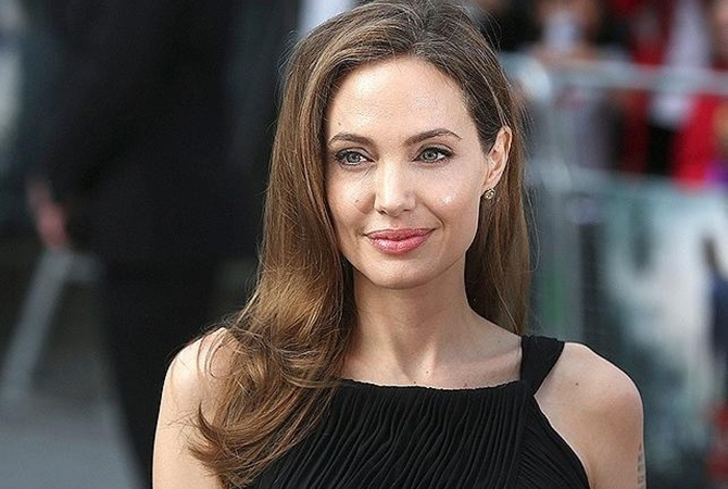 Анджелина Джоли стала лицом нового аромата Guerlain