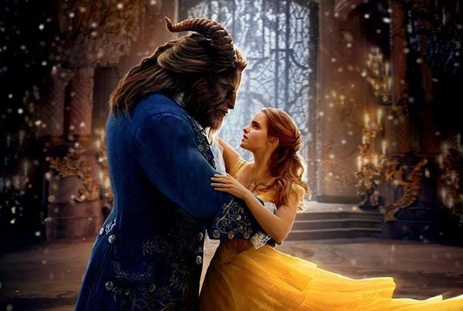 Disney выпустил движущиеся постеры «Красавицы ичудовища» сЭммой Уотсон