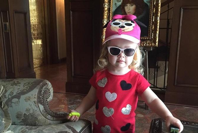 Домашнее видео с3-летней дочерью Пугачевой умилило пользователей