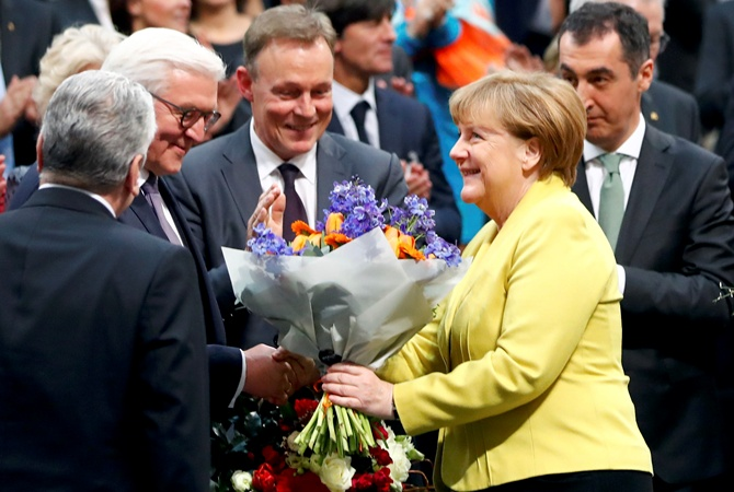Порошенко-Штайнмайеру: Рассчитываю на продление сотрудничества