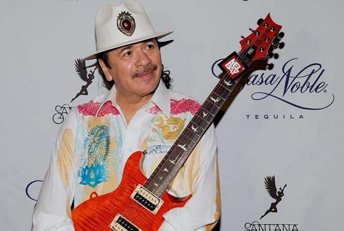 Карлос Сантана объявил, что Бейонсе— «непевица»