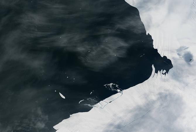 Айсберг размером сМанхэттен откололся отАнтарктиды