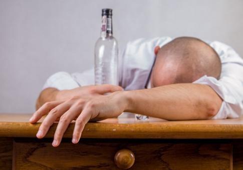 ВРумынии двое мужчин погибли при попытке друг дружку перепить