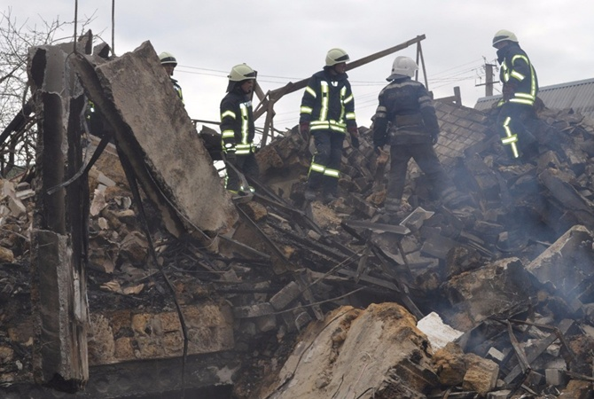 В итоге обрушения здания умер ребенок